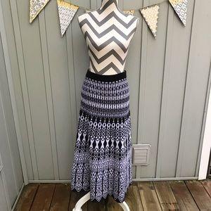 Cato Black & White Knit Sweater Maxi Skirt 18/20W